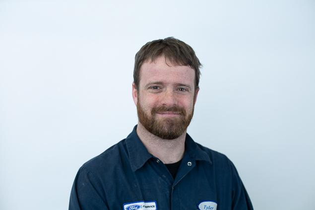 Tyler Eckensviller : Technician